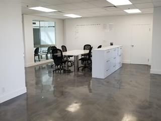 Commercial unit for rent in Montréal (Ahuntsic-Cartierville), Montréal (Island), 555, Rue  Chabanel Ouest, 14439048 - Centris.ca