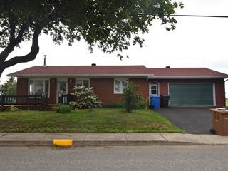 House for sale in L'Isle-Verte, Bas-Saint-Laurent, 50, Rue  Saint-Jean-Baptiste, 25172568 - Centris.ca