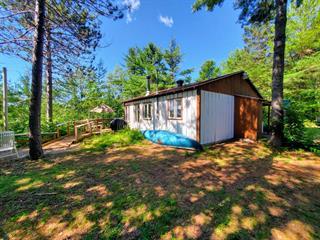 Cottage for sale in Saint-Mathieu-du-Parc, Mauricie, 221, Chemin du Lac-Goulet, 26262041 - Centris.ca