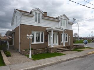 Maison à vendre à Saguenay (Jonquière), Saguenay/Lac-Saint-Jean, 3576, Rue  Cabot, 11749370 - Centris.ca