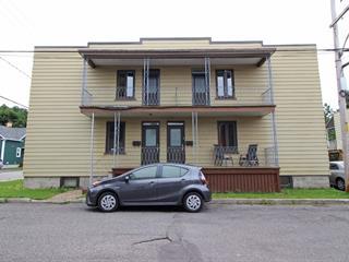 Triplex à vendre à Lévis (Desjardins), Chaudière-Appalaches, 23 - 27, Rue  Sainte-Catherine, 17277666 - Centris.ca