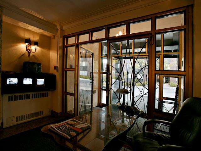 Condo / Apartment for rent in Montréal (Ville-Marie), Montréal (Island), 3465, Rue  Redpath, apt. 203, 26023569 - Centris.ca