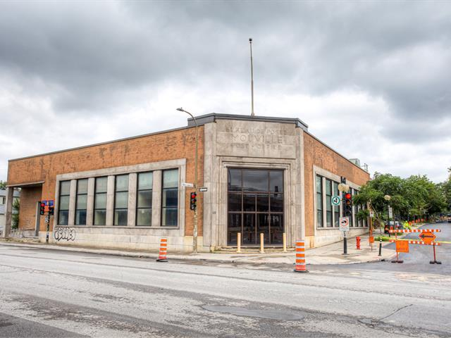Commercial building for sale in Montréal (Villeray/Saint-Michel/Parc-Extension), Montréal (Island), 300 - 320, boulevard  Crémazie Est, 13934832 - Centris.ca