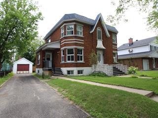 Maison à vendre à Joliette, Lanaudière, 879, Rue  Saint-Louis, 21494362 - Centris.ca