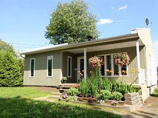 Maison à vendre à Saint-Boniface, Mauricie, 345, Rue  Sainte-Marie, 19394997 - Centris.ca
