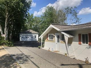 Chalet à vendre à Rivière-à-Pierre, Capitale-Nationale, 350, Avenue des Sables Est, 26958374 - Centris.ca