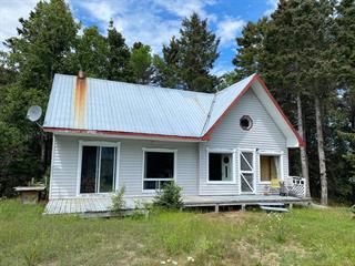 Cottage for sale in Saint-Siméon (Capitale-Nationale), Capitale-Nationale, 1660, Route  138, 19593542 - Centris.ca
