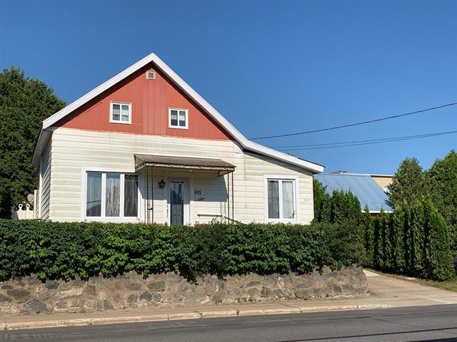 Maison à vendre à La Tuque, Mauricie, 615, Rue  Saint-Antoine, 22665840 - Centris.ca