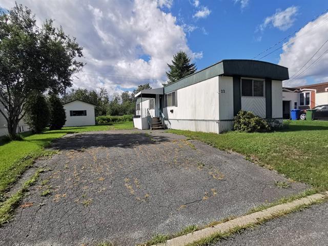 Maison mobile à vendre à Thetford Mines, Chaudière-Appalaches, 22, Rue  Bonneville, 25440286 - Centris.ca