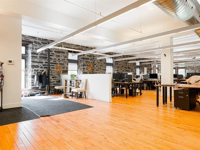 Commercial unit for rent in Montréal (Ville-Marie), Montréal (Island), 1237, Rue de la Montagne, suite 200, 23187922 - Centris.ca