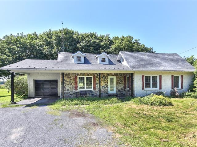 Hobby farm for sale in Saint-Paul-d'Abbotsford, Montérégie, 1020, Rang  Elmire, 27637437 - Centris.ca