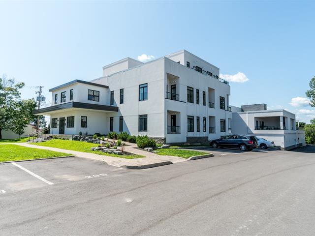 Condo / Appartement à louer à Saint-Pierre-de-l'Île-d'Orléans, Capitale-Nationale, 1365, Chemin  Royal, app. 602, 22478507 - Centris.ca