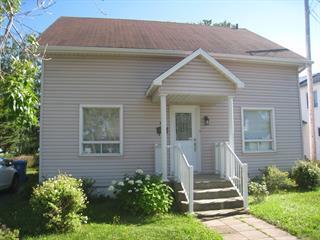 Maison à vendre à Matane, Bas-Saint-Laurent, 239, Rue  Fournier, 18861353 - Centris.ca