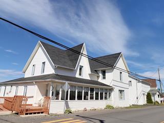 Immeuble à revenus à vendre à Saint-Ulric, Bas-Saint-Laurent, 152Z - 154Z, Avenue  Ulric-Tessier, 22844977 - Centris.ca
