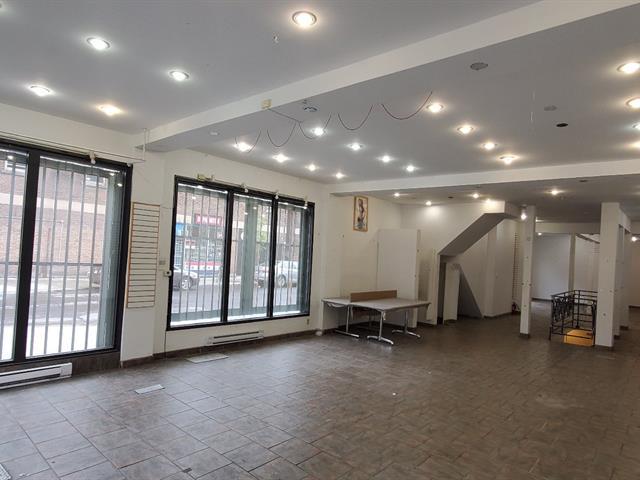 Commercial unit for rent in Montréal (Mercier/Hochelaga-Maisonneuve), Montréal (Island), 3731, Rue  Ontario Est, 21178657 - Centris.ca