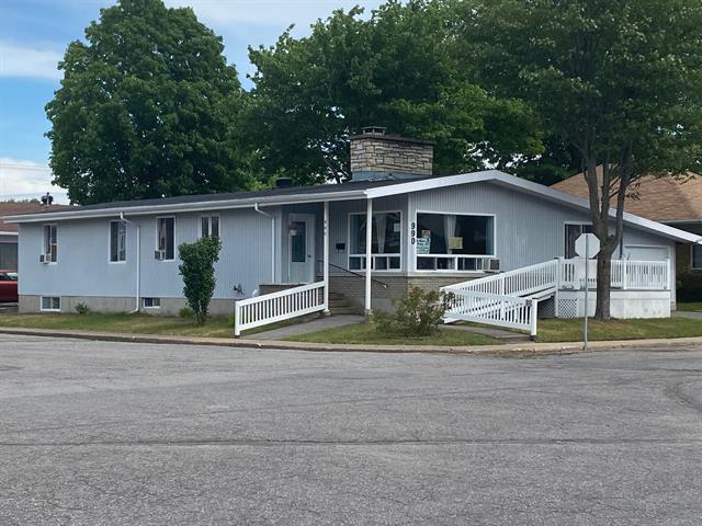 Immeuble à revenus à vendre à Shawinigan, Mauricie, 990, 126e Rue, 10804518 - Centris.ca