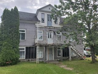 Maison à vendre à Saint-Clément, Bas-Saint-Laurent, 38, Rue  Principale Est, 26873420 - Centris.ca