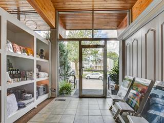 Commercial building for sale in Sainte-Thérèse, Laurentides, 121, Rue  Blainville Est, 28026126 - Centris.ca