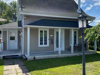 Maison à vendre à Saguenay (Chicoutimi), Saguenay/Lac-Saint-Jean, 311, Rue  Sainte-Élisabeth, 22373229 - Centris.ca