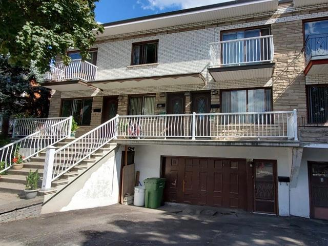 Quintuplex for sale in Montréal (Saint-Léonard), Montréal (Island), 4400 - 4406, Rue  De Roquebrune, 19751969 - Centris.ca
