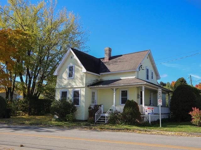 Maison à vendre à La Patrie, Estrie, 17, Rue  Principale Sud, 9385696 - Centris.ca