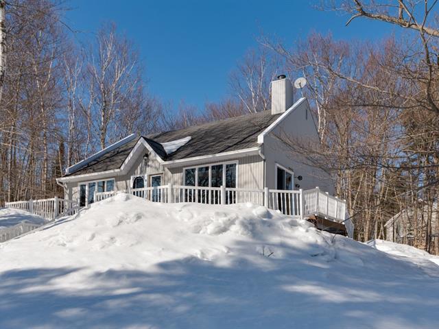 Maison à louer à Sainte-Anne-des-Lacs, Laurentides, 39, Chemin des Ormes, 21334483 - Centris.ca