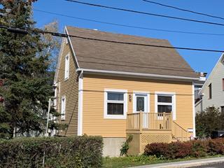 Duplex à vendre à Rivière-du-Loup, Bas-Saint-Laurent, 42, Rue  Sainte-Anne, 18244315 - Centris.ca