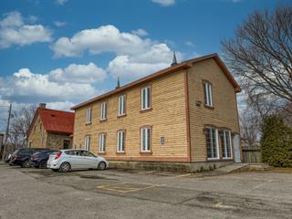 Bâtisse commerciale à vendre à Laval (Sainte-Rose), Laval, 132, boulevard  Sainte-Rose, 15387750 - Centris.ca