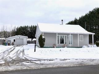 Maison à vendre à Saint-Honoré, Saguenay/Lac-Saint-Jean, 2500, Chemin des Ruisseaux, 19783229 - Centris.ca
