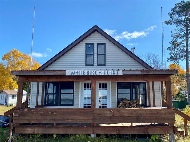 Chalet à vendre à Les Lacs-du-Témiscamingue, Abitibi-Témiscamingue, 333, Lac  Hunter, 18407235 - Centris.ca