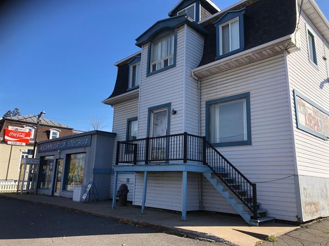 Duplex à vendre à Sainte-Croix, Chaudière-Appalaches, 6183 - 6185, Rue  Principale, 18336162 - Centris.ca