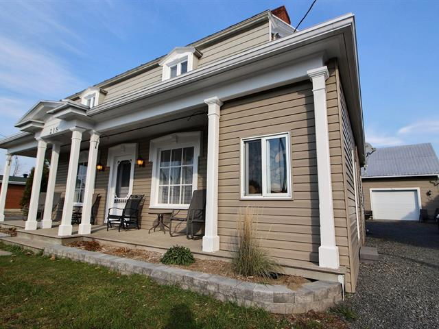 House for sale in Deschaillons-sur-Saint-Laurent, Centre-du-Québec, 215, 12e Avenue, 15539972 - Centris.ca