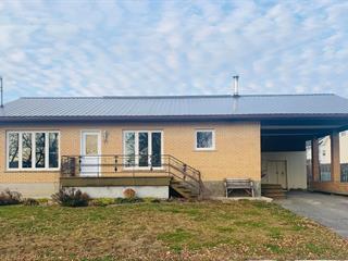 Maison à vendre à Lorrainville, Abitibi-Témiscamingue, 23, Rue  Côté Est, 19656054 - Centris.ca