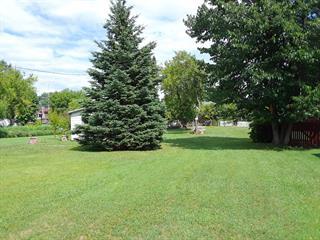 Terrain à vendre à Montebello, Outaouais, 242, Rue  Saint-Dominique, 27202914 - Centris.ca