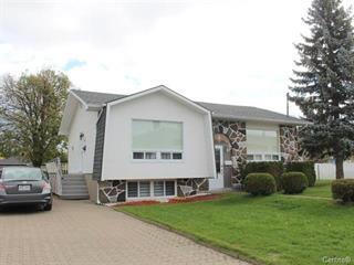 House for sale in Saguenay (Chicoutimi), Saguenay/Lac-Saint-Jean, 901Z - 903Z, Rue  Comeau, 15185420 - Centris.ca
