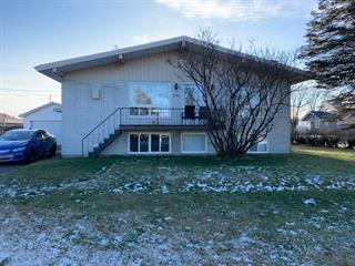 Duplex for sale in Saguenay (Chicoutimi), Saguenay/Lac-Saint-Jean, 1904 - 1906, Rue des Tulipes, 16610844 - Centris.ca