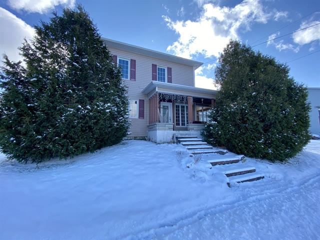 House for sale in Thetford Mines, Chaudière-Appalaches, 208, Rue  O'Meara, 20750278 - Centris.ca