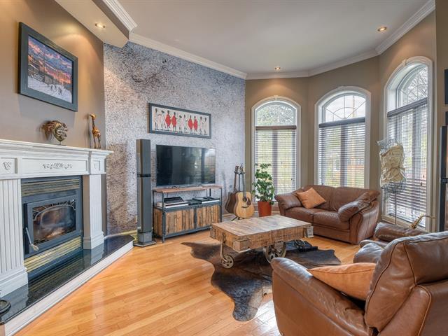 Maison à vendre à Montréal (Mercier/Hochelaga-Maisonneuve), Montréal (Île), 2856, Rue  Lyall, 9828916 - Centris.ca
