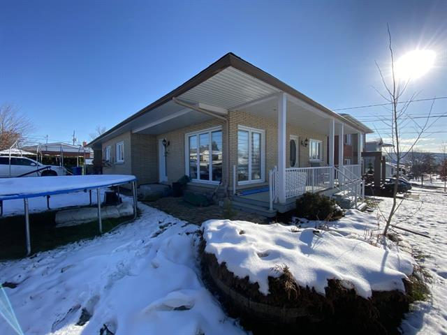House for sale in Thetford Mines, Chaudière-Appalaches, 62, Rue  Turcotte Est, 26111515 - Centris.ca
