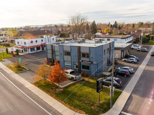 Bâtisse commerciale à vendre à Beloeil, Montérégie, 72, boulevard  Sir-Wilfrid-Laurier, 28094697 - Centris.ca