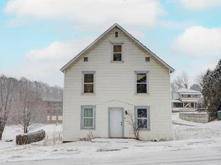 Duplex for sale in Stanstead - Ville, Estrie, 22A - 22B, Rue  Passenger, 9170288 - Centris.ca