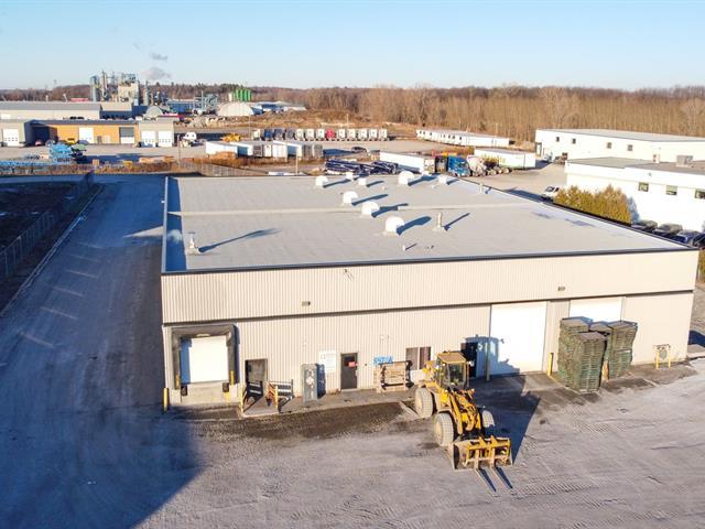 Local commercial à louer à Saint-Hyacinthe, Montérégie, 5420 - 5474, Rue  Martineau Est, 11033716 - Centris.ca