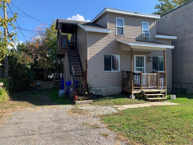 Duplex for sale in Gatineau (Hull), Outaouais, 12, Rue  Fortier, 11097626 - Centris.ca