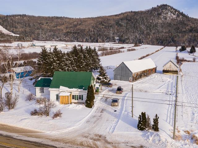Ferme à vendre à Baie-Saint-Paul, Capitale-Nationale, 652, Chemin  Saint-Laurent, 17225350 - Centris.ca