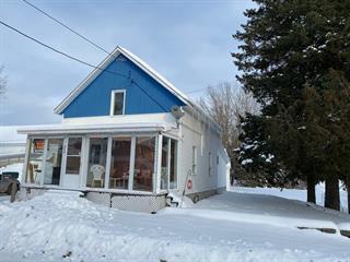 Maison à vendre à Rivière-Bleue, Bas-Saint-Laurent, 23, Rue de l'Église Sud, 28035362 - Centris.ca