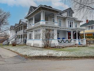 Immeuble à revenus à vendre à Stanstead - Ville, Estrie, 3Z, Rue  Stevens, 11423572 - Centris.ca