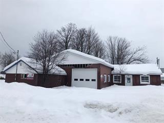 Maison à vendre à Lyster, Centre-du-Québec, 120, Rue  Charest, 13514682 - Centris.ca