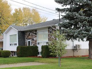 Duplex for sale in Saguenay (Chicoutimi), Saguenay/Lac-Saint-Jean, 901 - 903, Rue  Comeau, 23253567 - Centris.ca