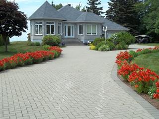 Maison à vendre à Trois-Pistoles, Bas-Saint-Laurent, 22, Place  Malenfant, 9039366 - Centris.ca