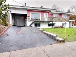 House for sale in Témiscouata-sur-le-Lac, Bas-Saint-Laurent, 2311, Rue  Commerciale Sud, 25934222 - Centris.ca